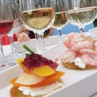 Vinprovning av Gisebo vin i Tengblads trädgårdsbutik